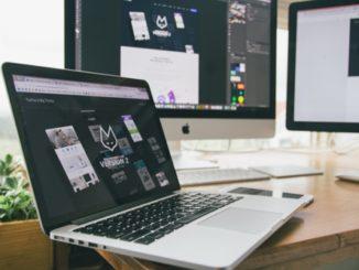 מחשבים משרדיים מחוברים בצורה קוית ואלחוטית