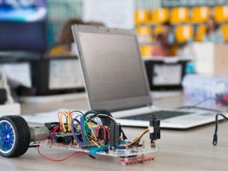 Arduino מיקרו בקר עם מעגל מודפס